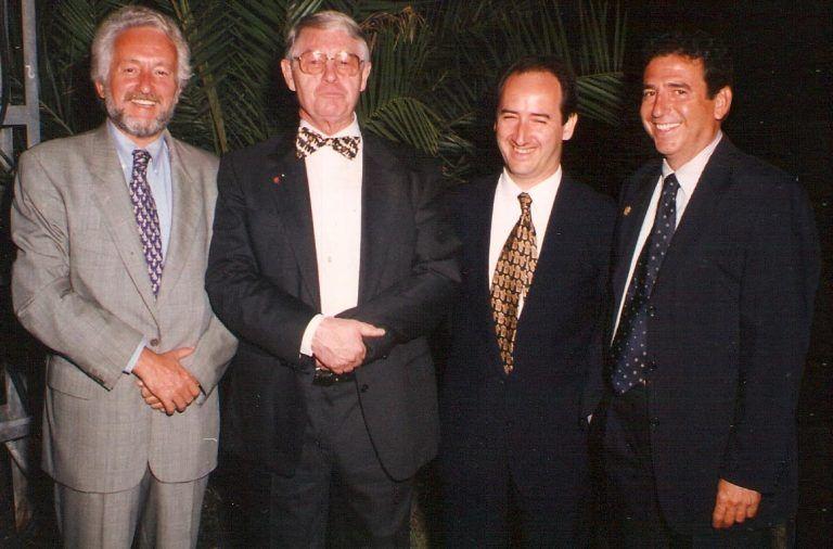 Dr. Vicente Jiménez, Profesor P.I. Brånemark, Dr. Ramón Martínez y el Dr. José Manuel Navarro